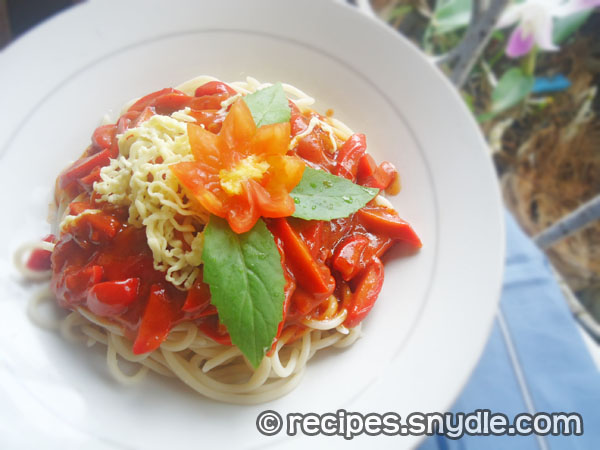 spaghetti-with-ground-beef-and-hotdogs