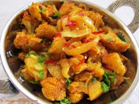 restaurant style aloo gobi recipe