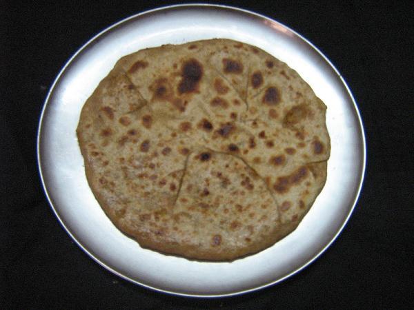 Mooli-paratha-recipe-12