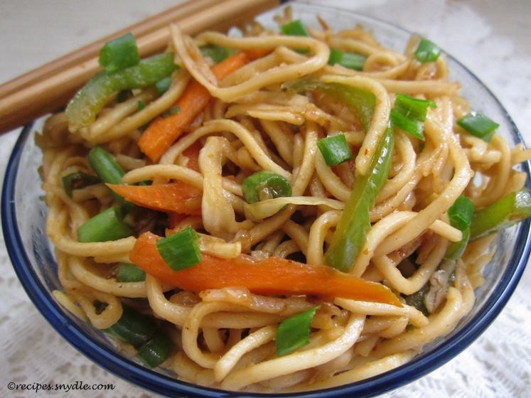 Veg Hakka Noodles Recipe with Step-by-Step Pictures