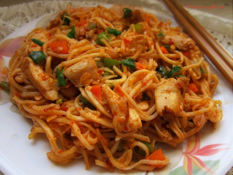 recipe of chicken schezwan noodles