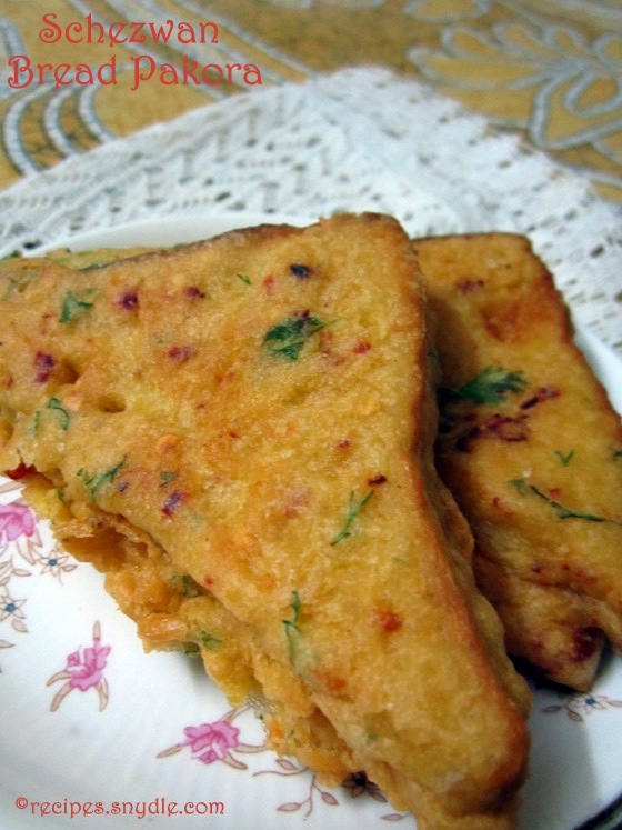stuffed bread pakora with potato