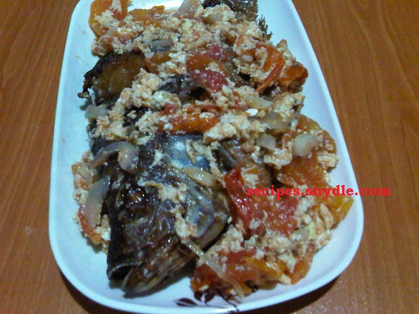 Sarciadong Tilapia with Egg