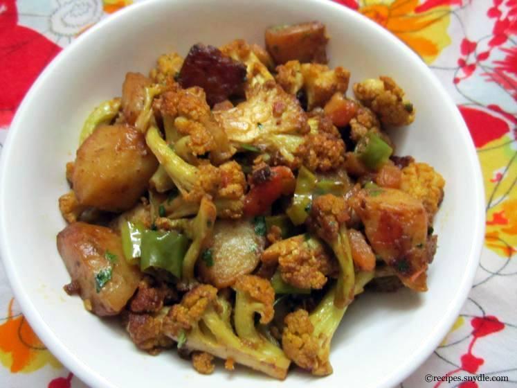 Sindhi-Style Aloo Gobi Recipe
