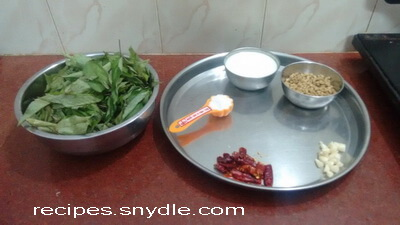 chech bhaji ingredients