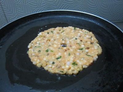 how to make thalipeeth