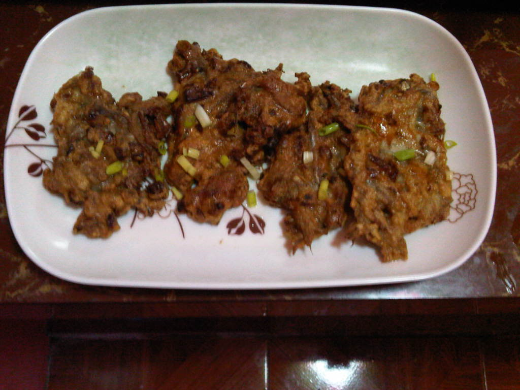 Tortang Dilis (Anchovies Omelet)
