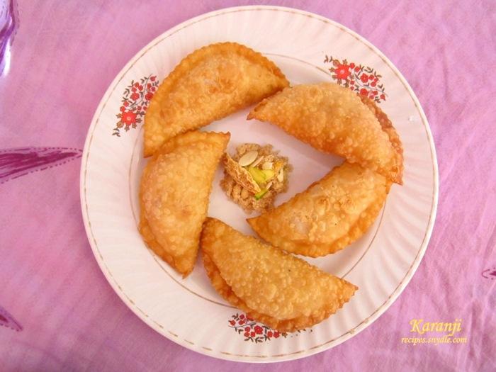 crispy gujia cover