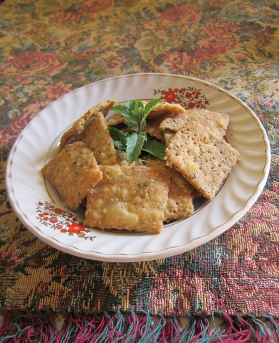 crispy mathri recipe