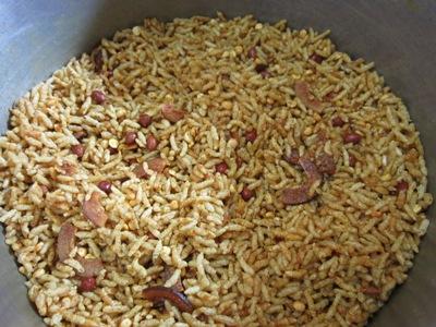 how to prepare puffed rice chivda