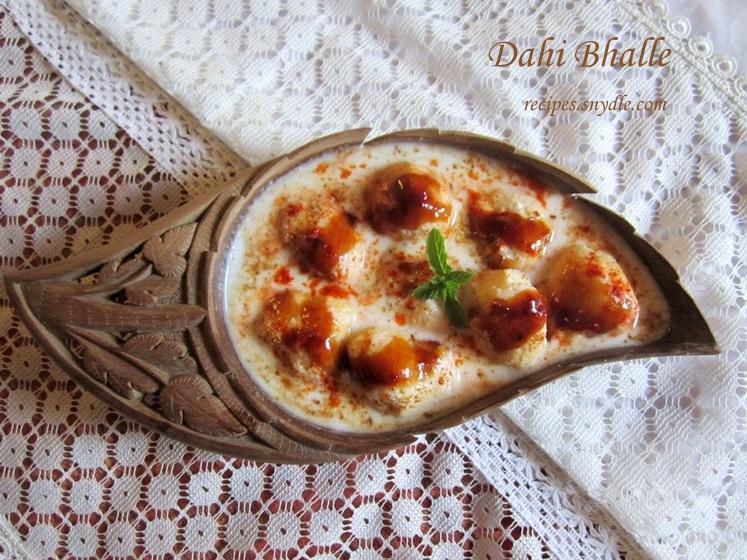 spongy dahi bhalle