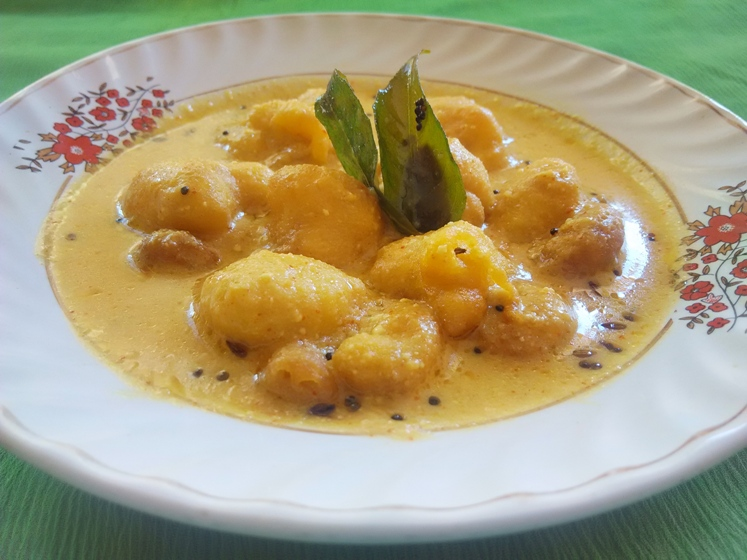 besan pakora for kadhi recipe