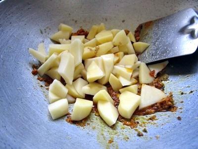 cabbage potato sabzi recipe