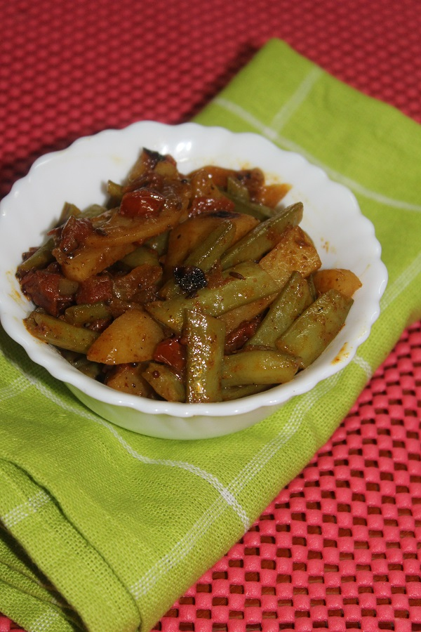 cluster-beans-potato-curry