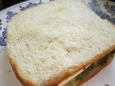 corn and spinach tikki sandwich