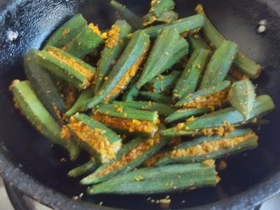 easy bharwa bhindi