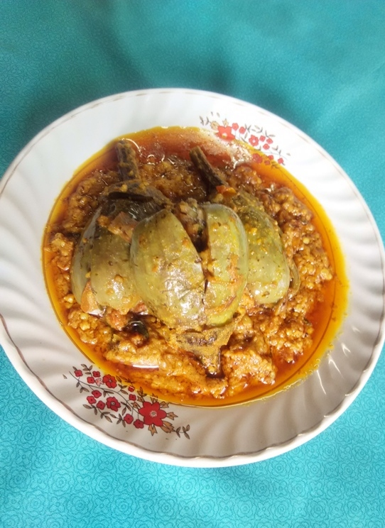 eggplant peanut curry
