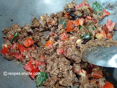 hari mirch ka salan tomatoes