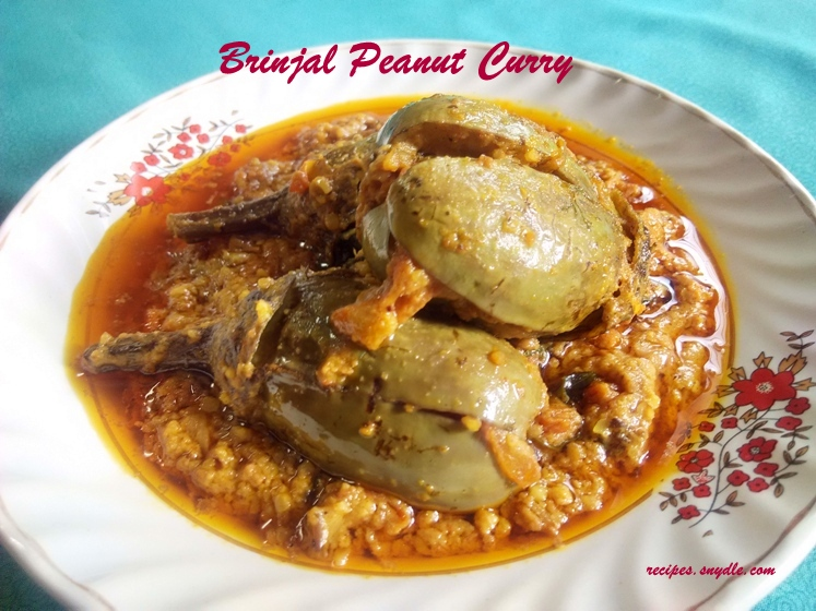 how to make brinjal peanut curry