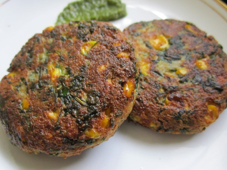 Spinach and Sweet Corn Tikki Recipe / Corn-Palak Tikki / Spinach and Sweet Corn Patty Recipe