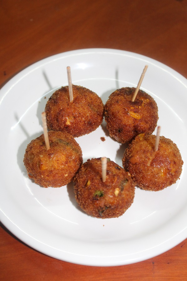 how-to-make-sweet-corn-balls