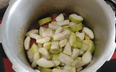 how to prepare lauki chana dal