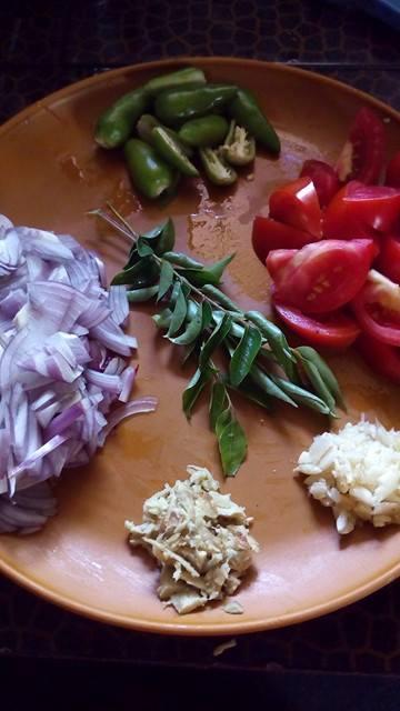 Malabar-Fish-Curry-Garlic-ginger