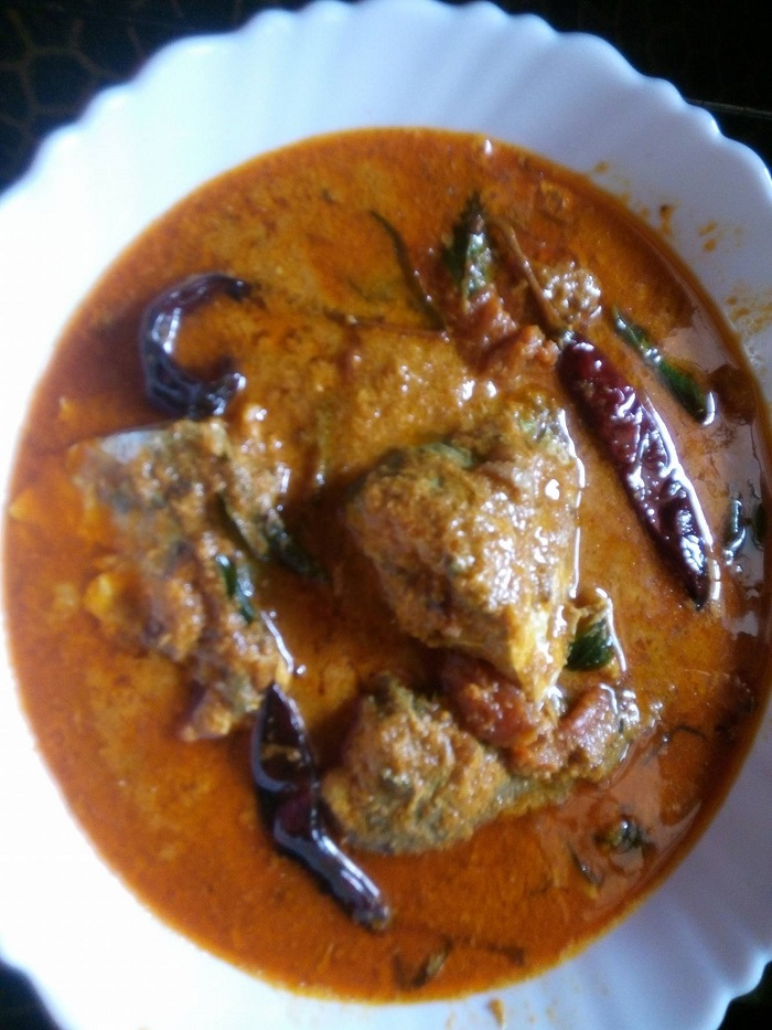 ayala-fish-curry-served