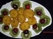 Pazham pori  Recipe / Banana Fritters Recipe