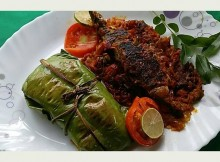 Ayala Pollichathu, Meen Pollichathu (Fish Roasted In Banana Leaf)