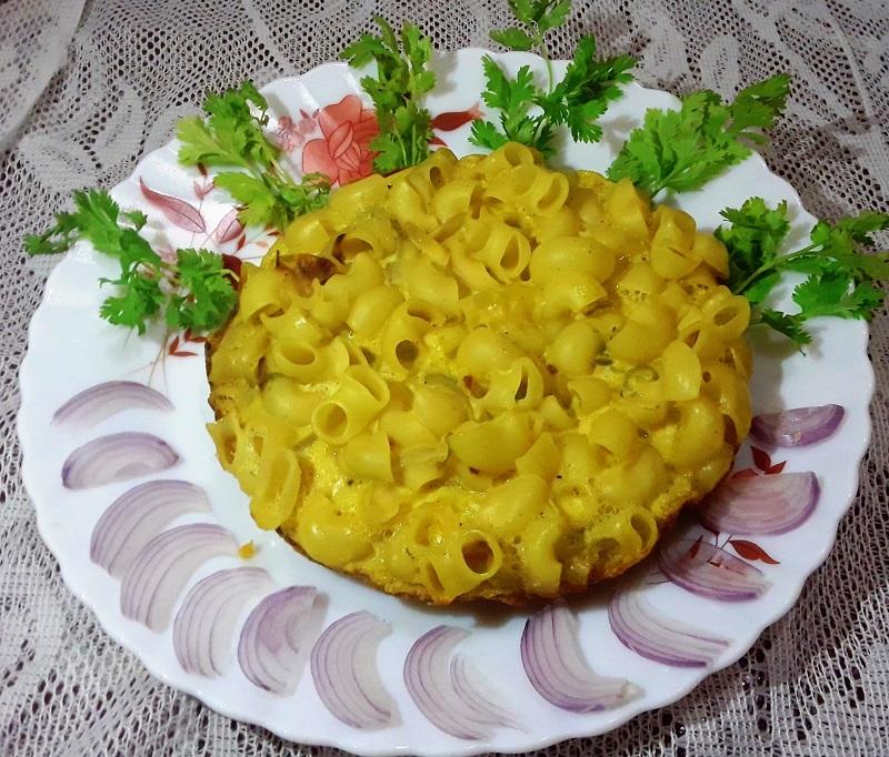 egg-macaroni-pola-cake-