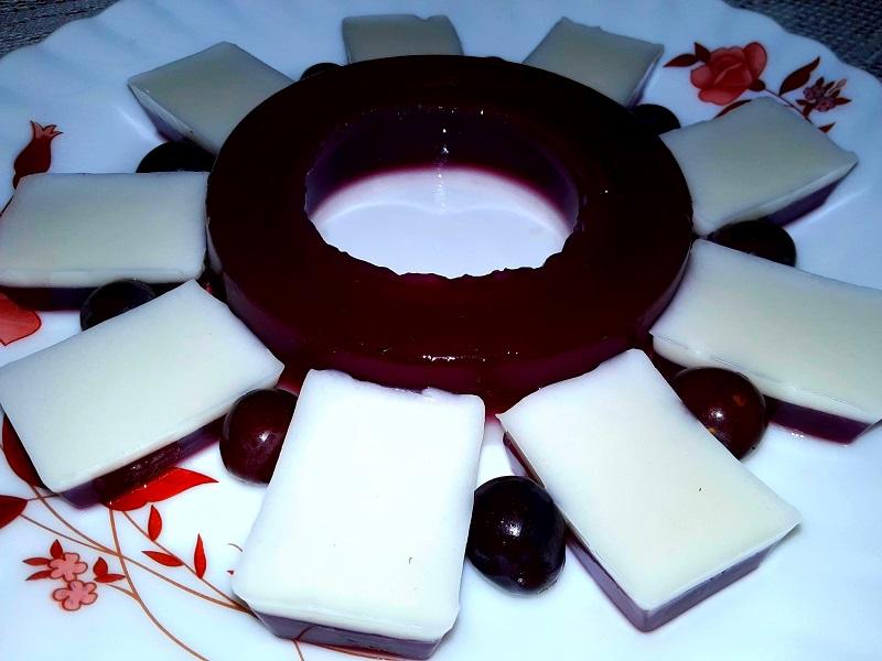Grape Coconut Milk Pudding
