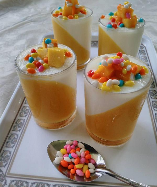 mango-panna-cotta