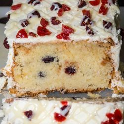 Cranberry and Mascarpone Cheese Cake