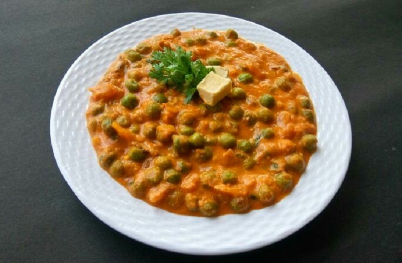 North Indian Style Green Peas Masala Recipe