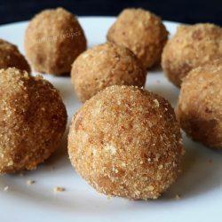 Ariyunda  / Rice balls
