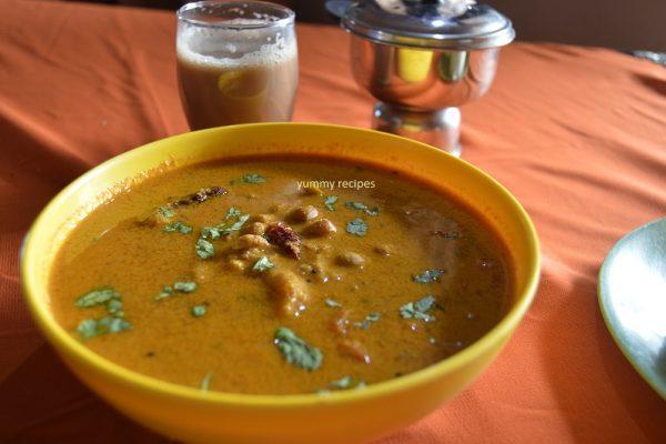 Kadala / black chana curry